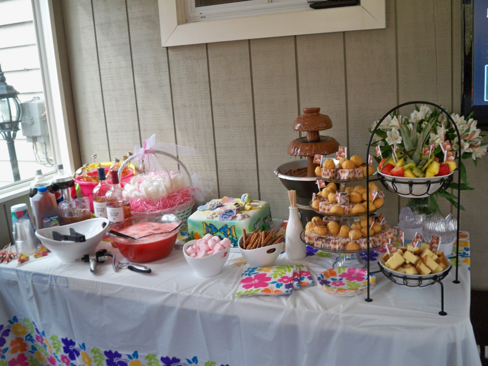 Kaylies Cupcakes Beach Theme Bridal Shower