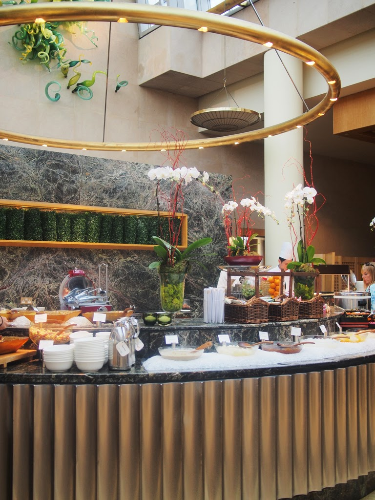 ritz carlton singapore breakfast buffet