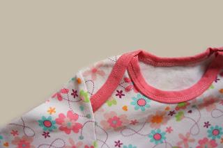 Пижама с застежками на плечах