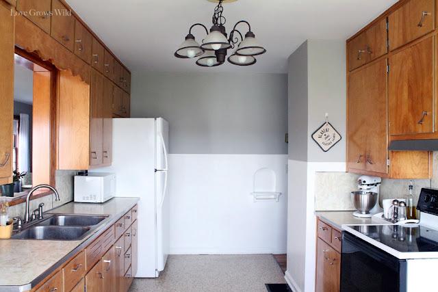 Kitchen Makeover Plans at www.LoveGrowsWild.com #kitchen #vintage #design