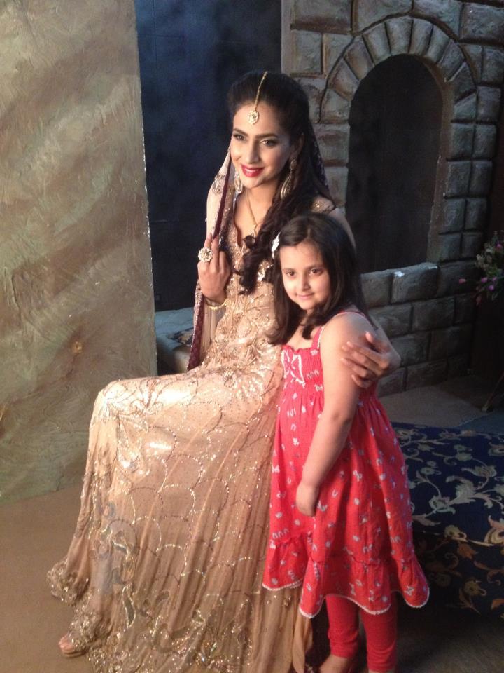 : Pakistani Model Saba Qamar Behind The Scenes Of Bridal Shoot