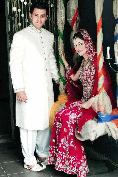 Dulha2526Dulhanbeautifulcollection - Bridal & Groom wear of the day (4th Oct 2012)♥