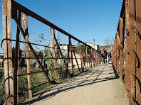 Pont de ferro sobre el Mogent