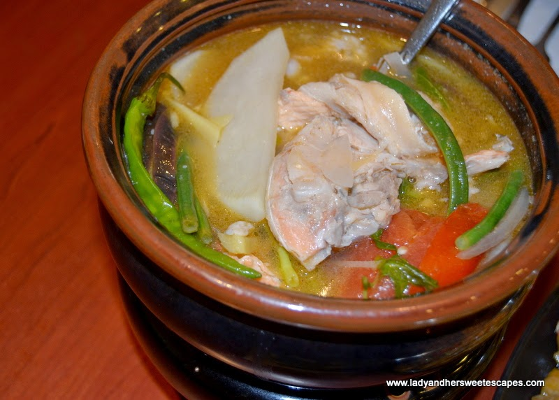 sinigang na salmon at Max's restaurant