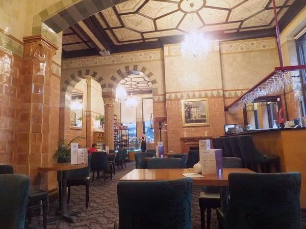 Glasgow Scotland écosse West End cup tearoom