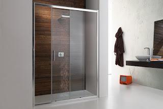 foto de box de banheiro com kit em aço inox roldanas aparentes vidro temperado de 8mm