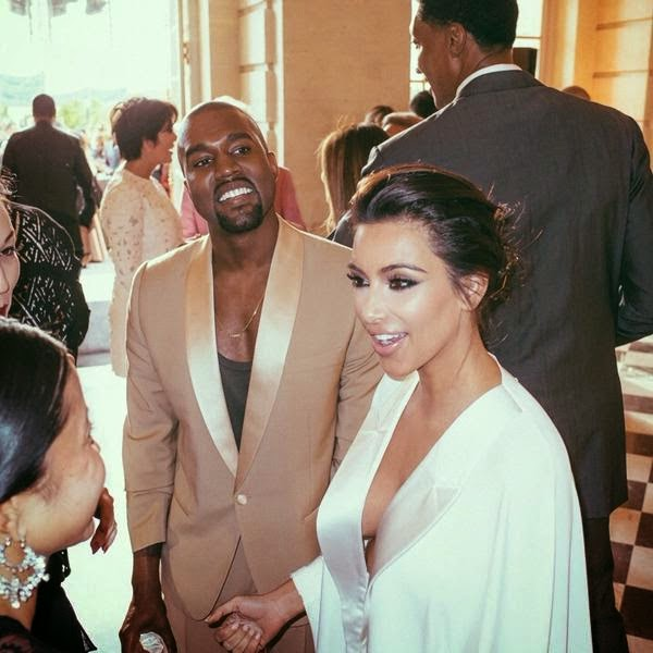 Kanye Kim Wedding: Kim Kardashian And Kanye West Mark Wedding