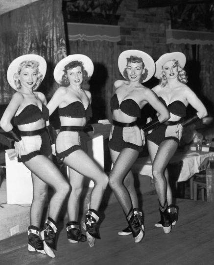 Howdy Ladies !