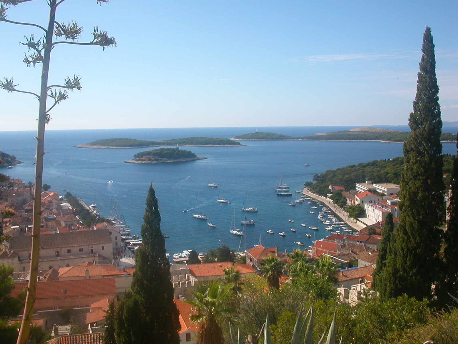 Hvar &#8211; A Paradise Lost?