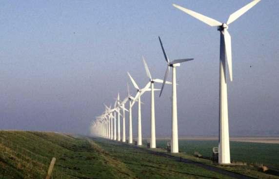Resultado de imagem para torres de energia eólica
