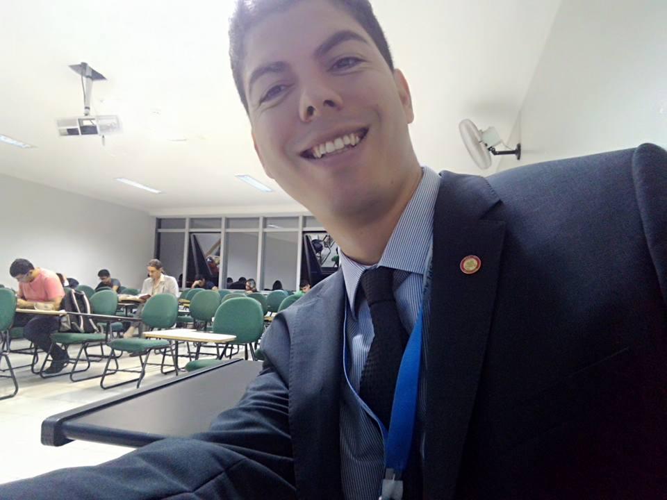 Professor de direito penal