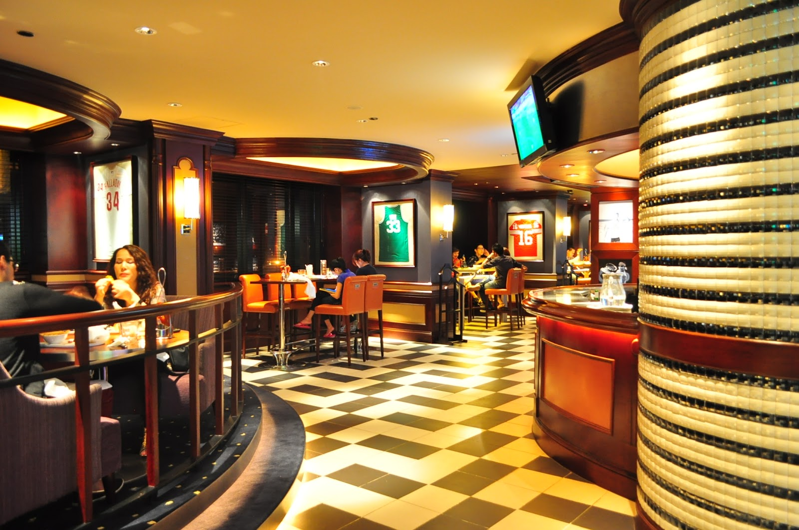 6 Sports Bar Interior Design Snaps Sports Bar Sofitel Manila BERYLLICIOUS A Food Lifestyle And