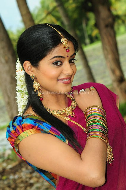 bollywood, tollywood, hot, Priyamani, Latest, Cute, Navel, Photos