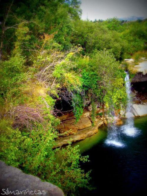 Basaak doll en cascada de Pedrosa de Tobalina Burgos