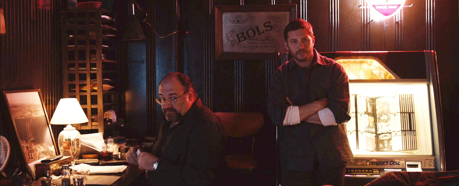 The Drop James Gandolfini as Cousin Marv & Tom Hardy as Bob Saginowski