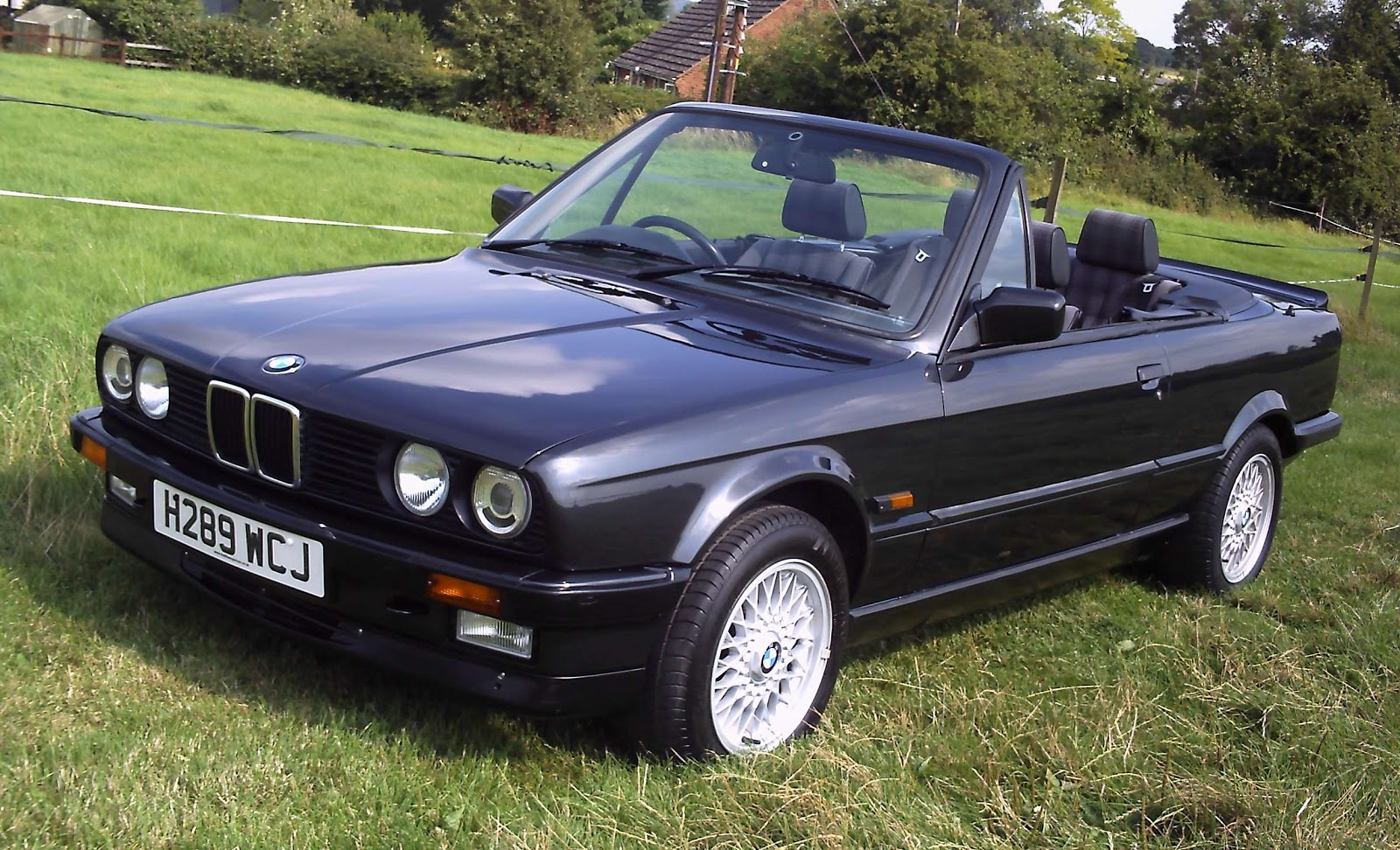 bmw e30 cabrio 325i fast speedy cars. Black Bedroom Furniture Sets. Home Design Ideas
