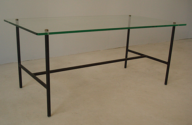 Table Pierre Guariche