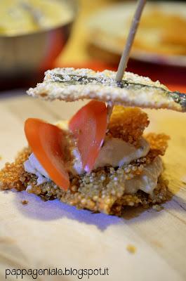 gallette croccanti di quinoa, hummus e sarde!