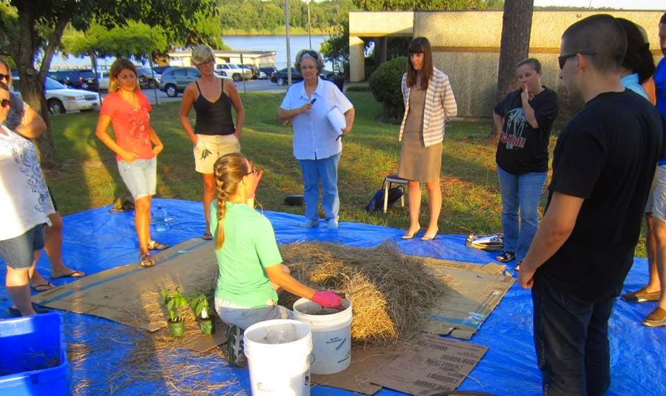 East Hill Gardening Class in Pensacola, FL ~ Photo courtesy of East Hill Edible Gardening ~