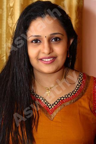 kumkumapoovu actress amala aswathy hotKumkumapoovu Aswathy