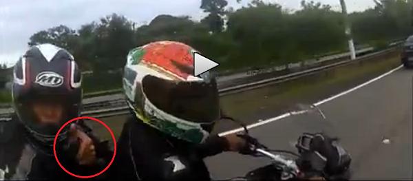 Conducir en moto por Brasil es de lo más peligroso