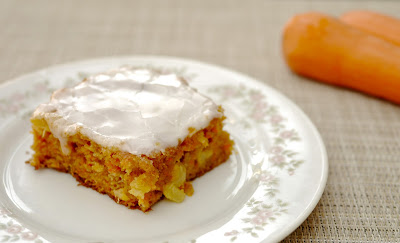 pineapple carrot cake with pineapple icing