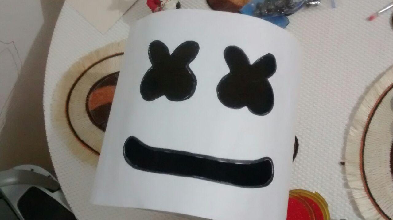Como hacer tu propia mascara de marshmello