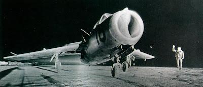истребителями МиГ-15