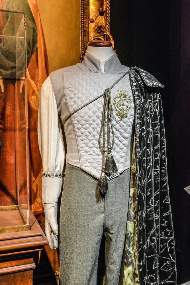 Gilderoy Lockhart's clothes