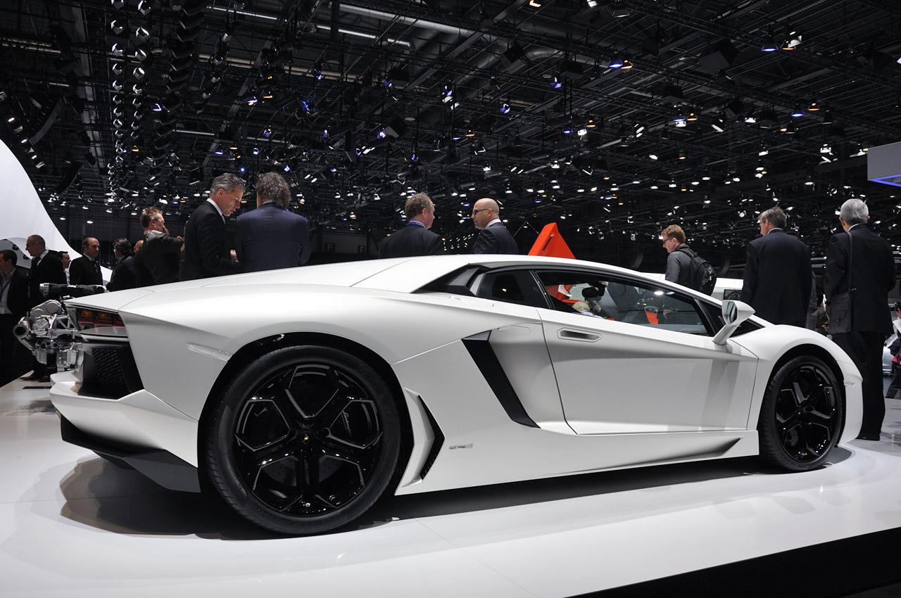 2012 Lamborghini Aventador Lp700 4 Auto Show