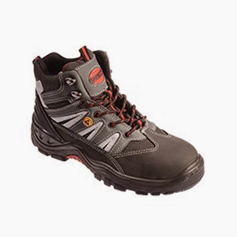Sepatu Boots SF-036