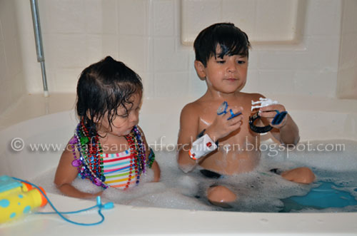 Pirate Day Treasure Hunt Bath for kids