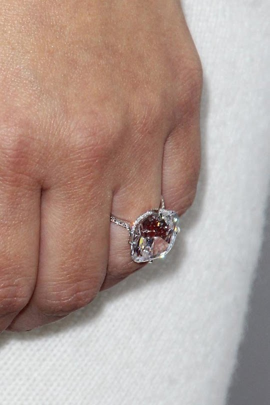 According To Ame Wednesday Wow Kim And Kanyes Engagement Ring