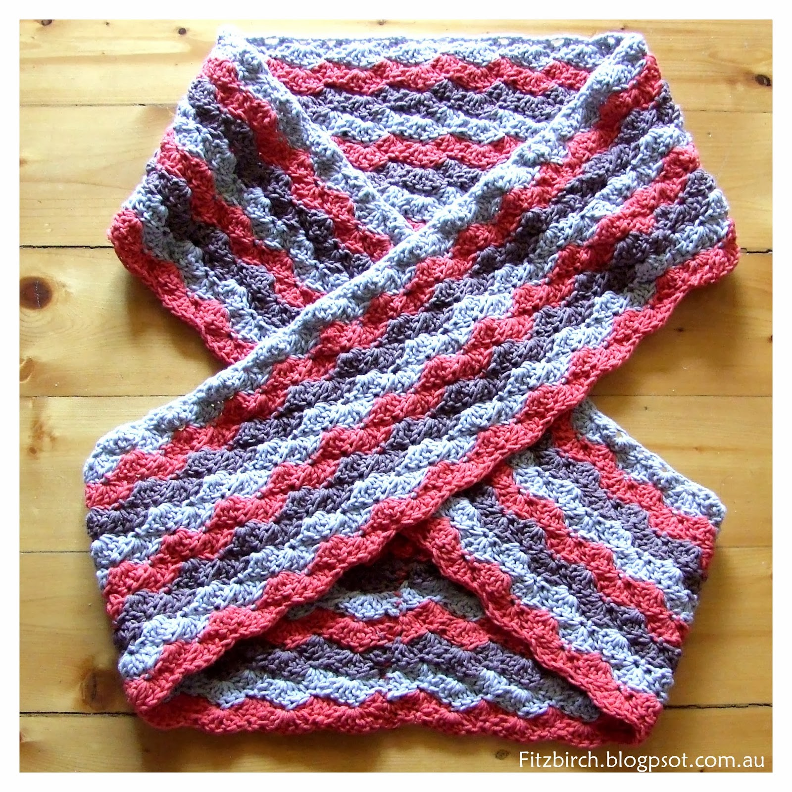 Crocheting Two Ends Together : ... Place work in a figure 8 pattern as shown and and sew ends together