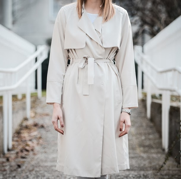 new icons hm H&M trench coat, extra long trench coat, beige nude trench coat, 2014 new icons, style blogger, fashion blogger, fashion trends