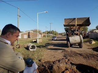 Obras para mejorar sistema de desagüe en Barrio Garibaldi