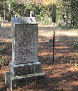 Grave of Uta Bell