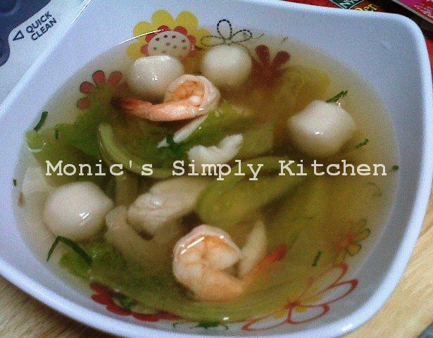 Sup Seafood Khas Batam Asli