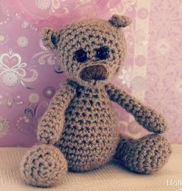 http://www.sweetlivingmagazine.co.nz/wp-content/uploads/Little-Teddy.pdf