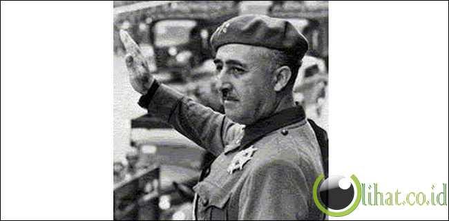 Francisco Franco Bahamonde - Spanyol