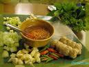 แหนมเนืองผักสดๆๆกับน้ำจิ้มสูตรเฉพาะที่นี่ ครัวริมน้ำ บ้านไร่