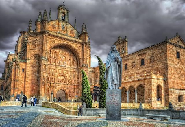 Испания,архитектура Испании,Собор святого Эстебана