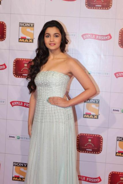 Alia Bhatt At Stardust Awards 2013