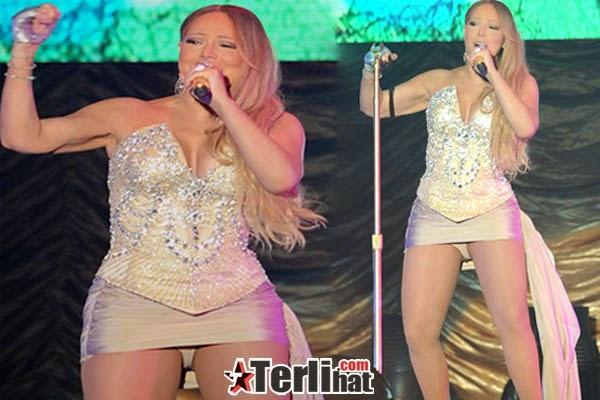 Foto Hot Mariah Carey Nampak Celana Dalam