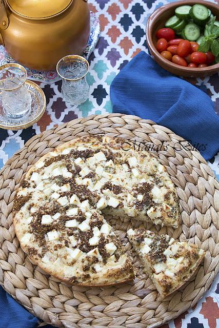 كعكة الزعتر والجبن IMG_5270.jpg