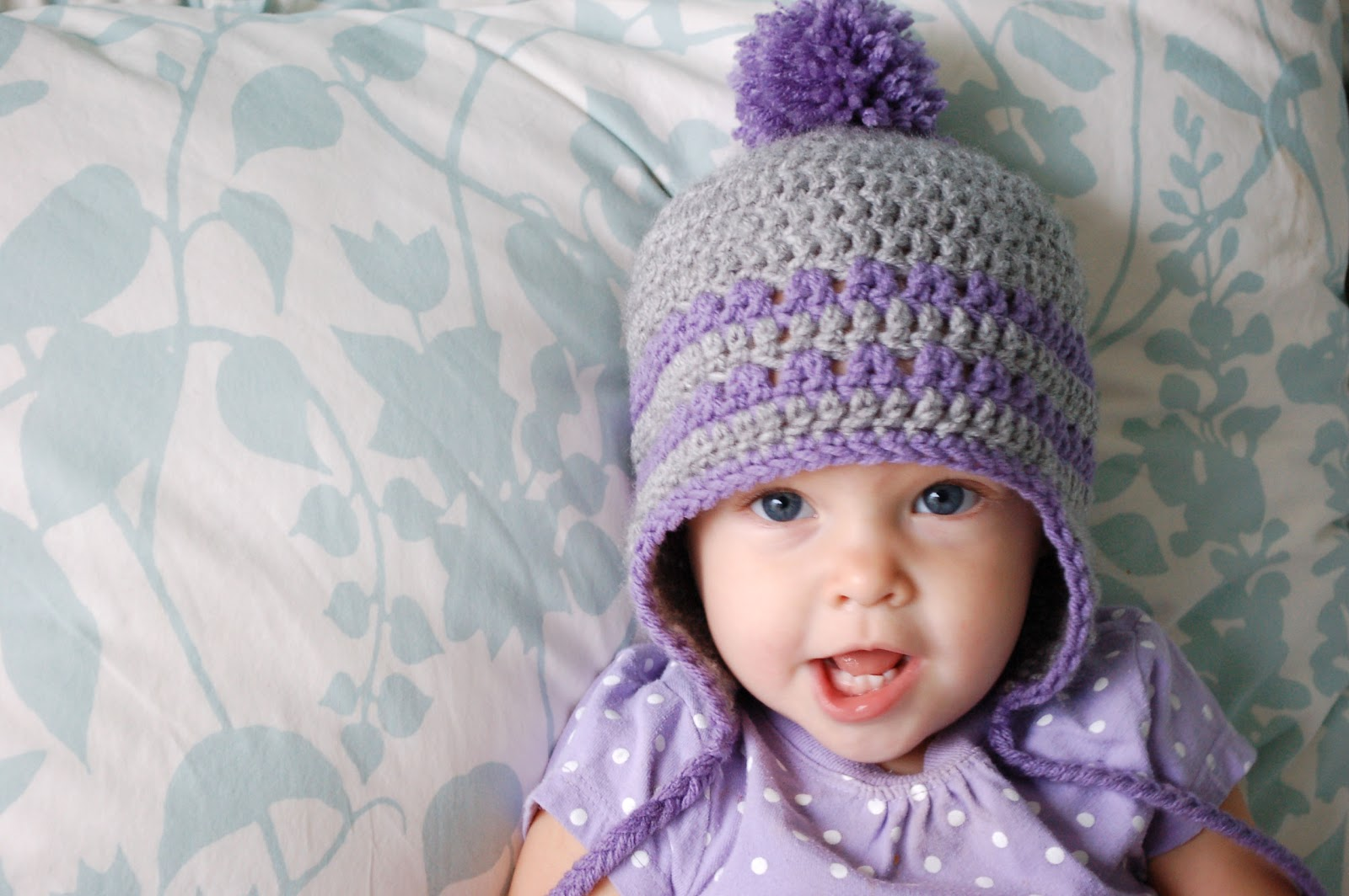 Crochet Baby Hat Patterns 6 Months : Alli Crafts: Free Pattern: Earflap Hat - 9-12 Months