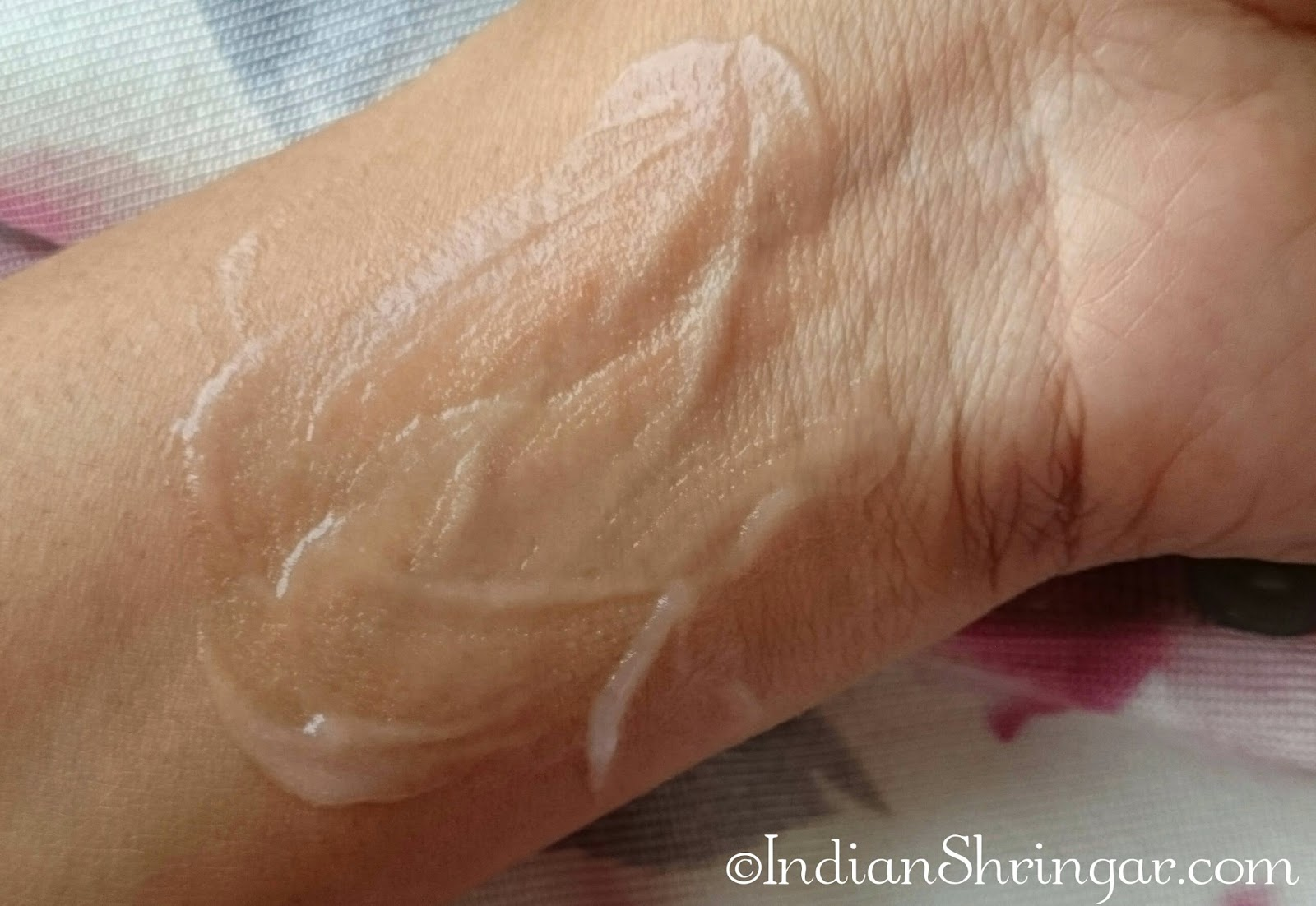 The Body Shop Vitamin E Aqua Boost Sorbet review and texture