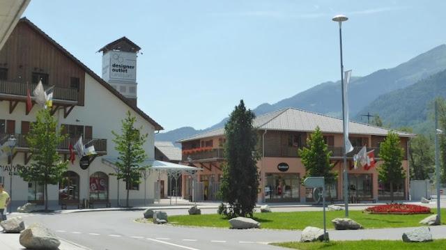 الاوت ليت في سويسرا Outlet