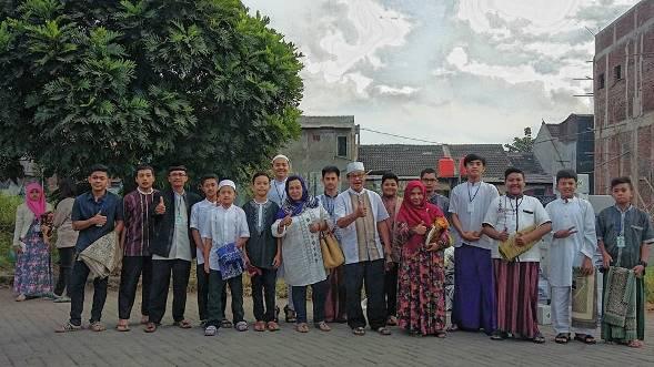 Sholat Idul Fitri 1436 H di Jalan Abu Bakar Shidiq Kelurahan Rancanumpang Lancar