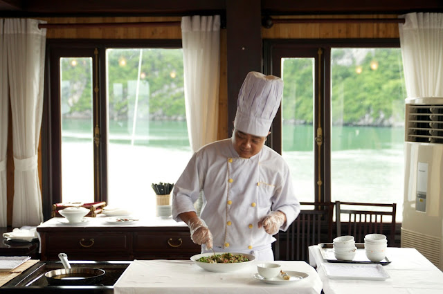 wisata, Ha Long Bay, Hanoi,Vietnam,cooking class